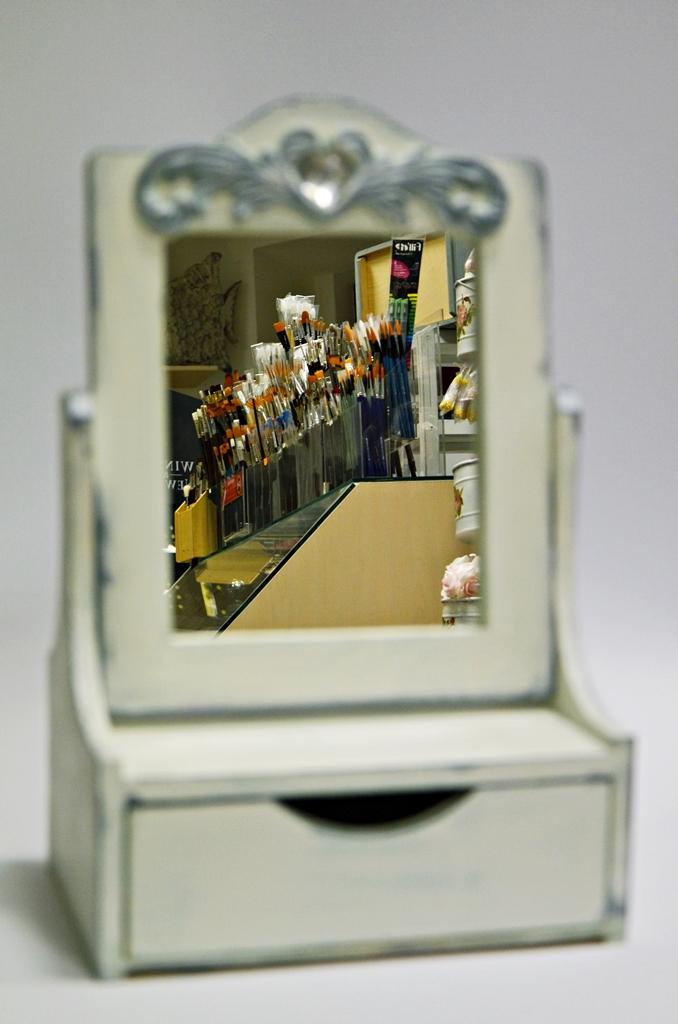 arthobbystudio lublin0016warsztaty farby kredowe stylizacja toaletka