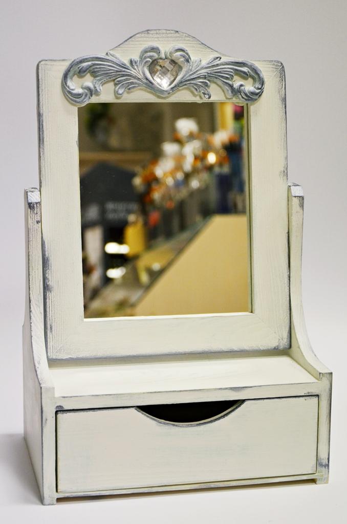 arthobbystudio lublin0017warsztaty farby kredowe stylizacja toaletka