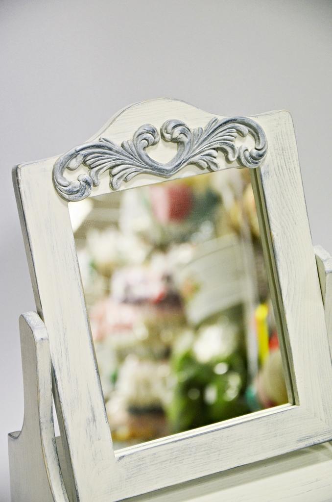 arthobbystudio lublin0022warsztaty farby kredowe stylizacja toaletka