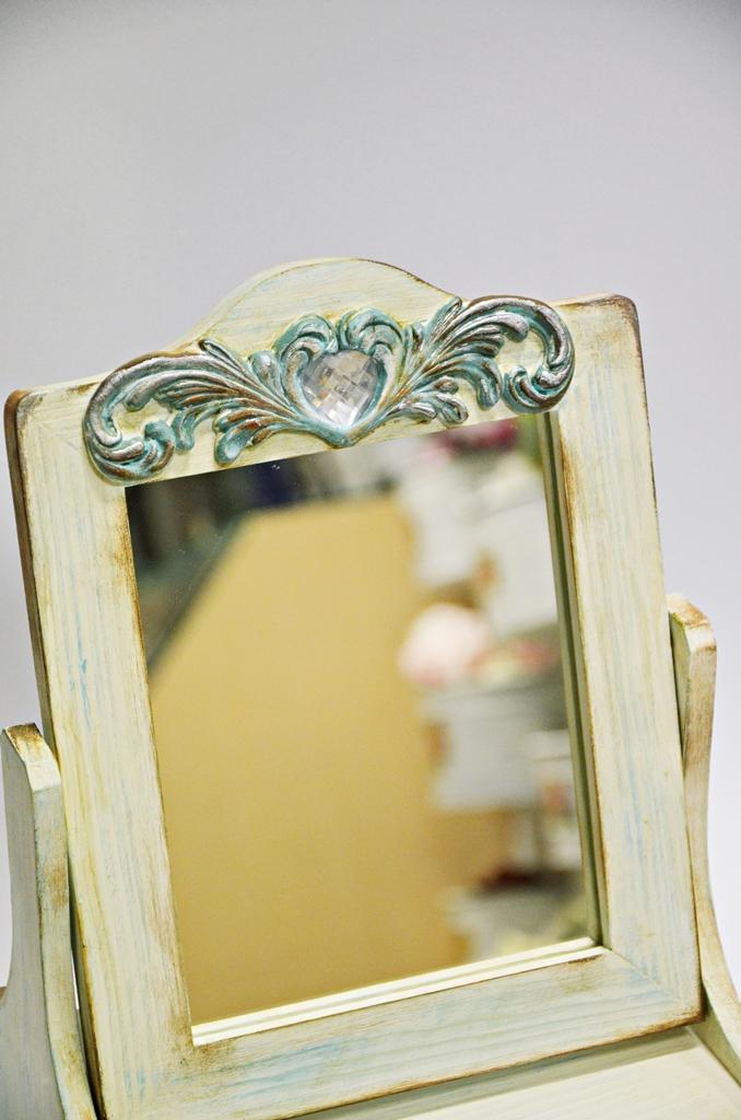 arthobbystudio lublin0030warsztaty farby kredowe stylizacja toaletka