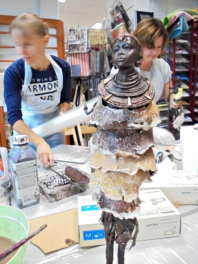 arthobbystudio lublin0001warsztaty powertex masaj postac afrykanska