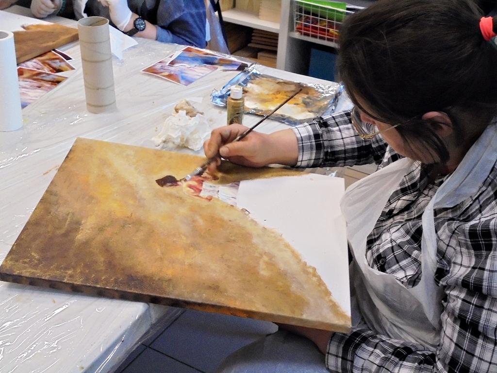 arthobbystudio lublin0002warsztaty obraz dama w sukni powertex
