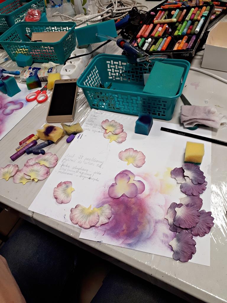 arthobbystudio lublin0009warsztaty foamiran bratki kwiaty