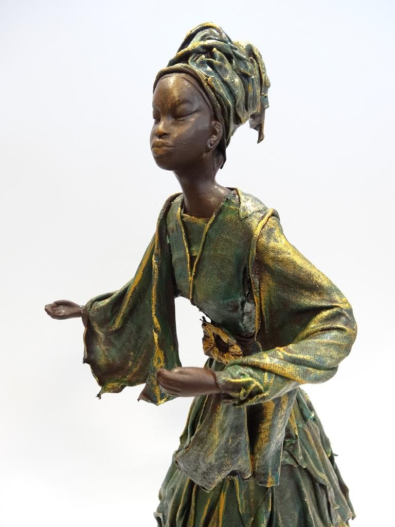 arthobbystudio lublin0010warsztaty powertex postac afrykanska rzezba