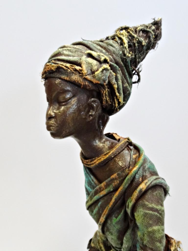 arthobbystudio lublin0014warsztaty powertex postac afrykanska rzezba