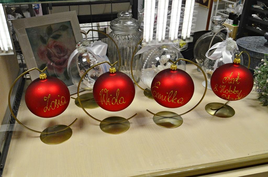 arthobbystudio lublin0001warsztaty swieta ozdoby dekoracje decoupage mixmedia bombka z mikolajem