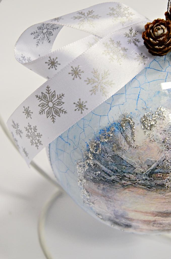 arthobbystudio lublin0008warsztaty swieta ozdoby dekoracje decoupage mixmedia bombka spekania crackle