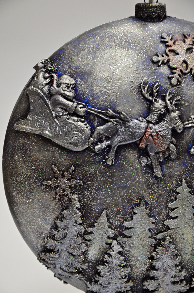 arthobbystudio lublin0017warsztaty swieta ozdoby dekoracje decoupage mixmedia bombka z mikolajem