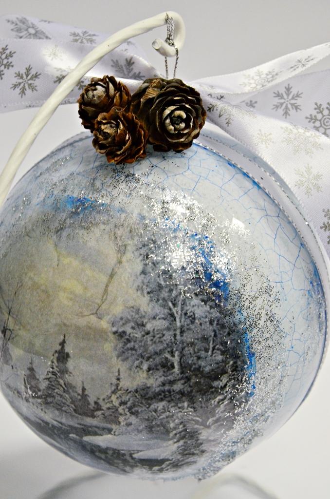 arthobbystudio lublin0019warsztaty swieta ozdoby dekoracje decoupage mixmedia bombka spekania crackle