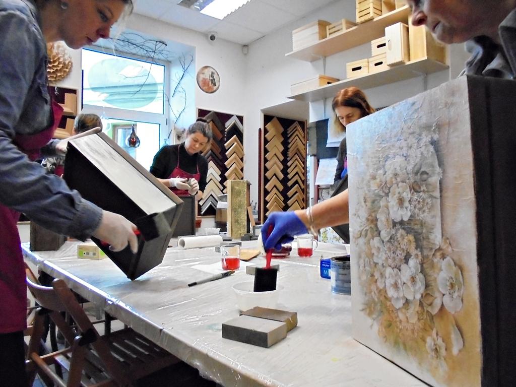 arthobbystudio lublin0002warsztaty kosz kwiatowy decoupage mixmedia skrzynia