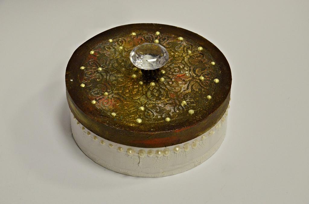 arthobbystudio lublin0007warsztaty mandala pudełko mixmedia decoupage