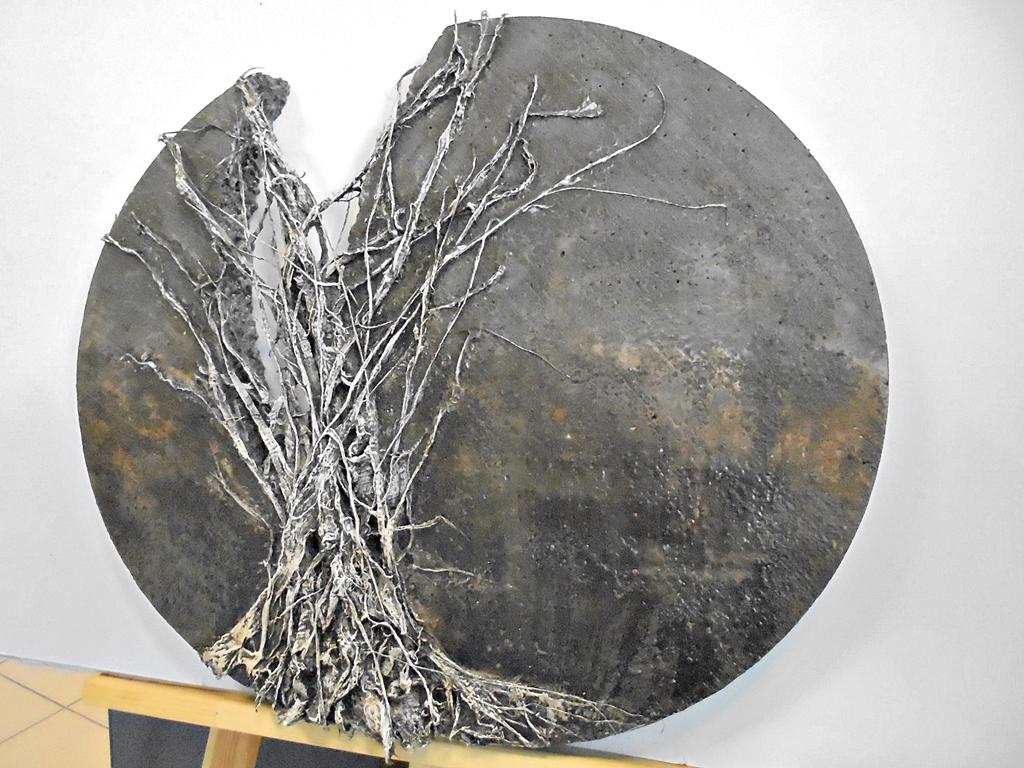 arthobbystudio lublin0018warsztaty powertex rzezba drzewo