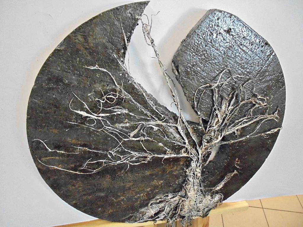 arthobbystudio lublin0025warsztaty powertex rzezba drzewo