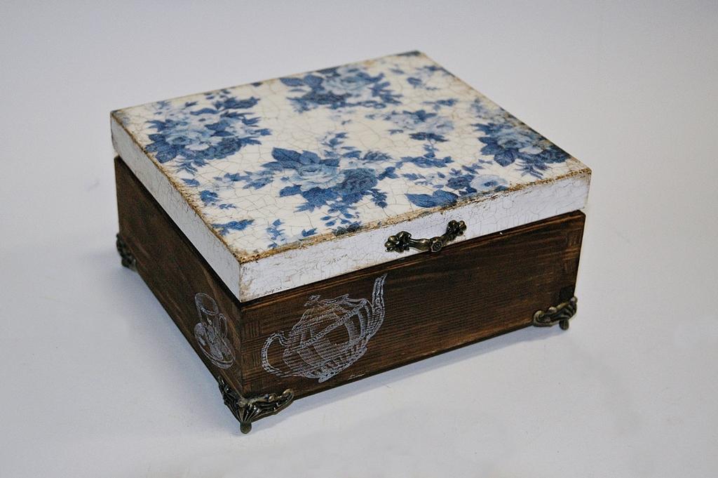 arthobbystudio lublin0001warsztaty decoupage herbaciarka vintage spekania cracle