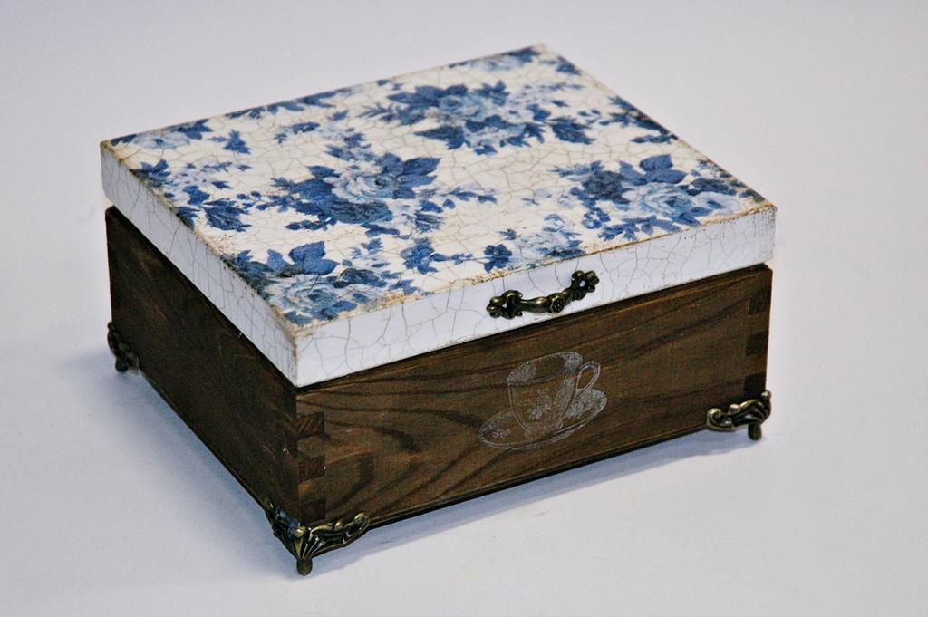 arthobbystudio lublin0002warsztaty decoupage herbaciarka vintage spekania cracle