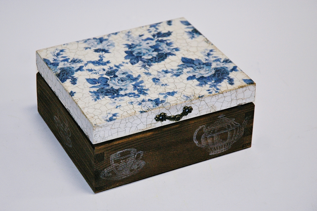 arthobbystudio lublin0007warsztaty decoupage herbaciarka vintage spekania cracle
