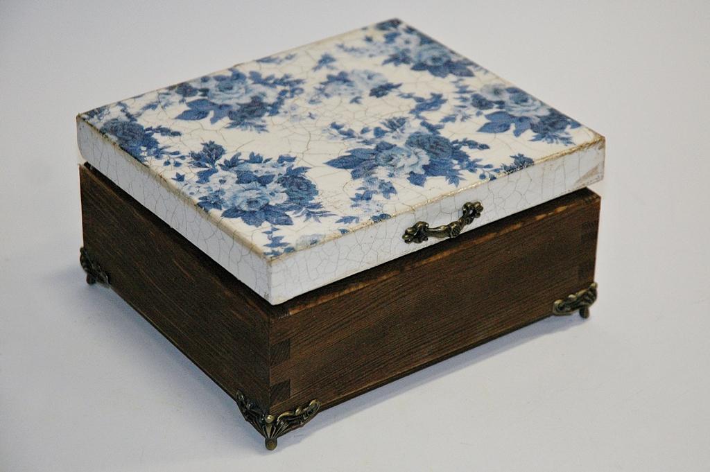 arthobbystudio lublin0018warsztaty decoupage herbaciarka vintage spekania cracle