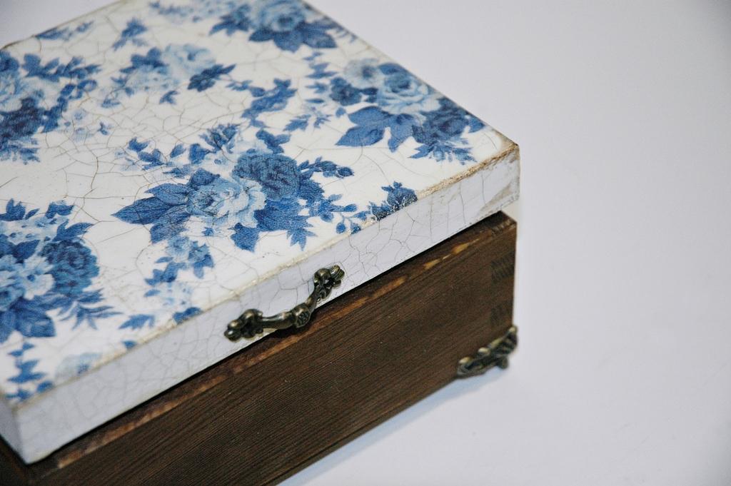 arthobbystudio lublin0019warsztaty decoupage herbaciarka vintage spekania cracle