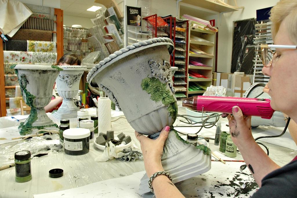 arthobbystudio lublin0013warsztaty efekt betonu mchu stylizacja ornament donica palacowa