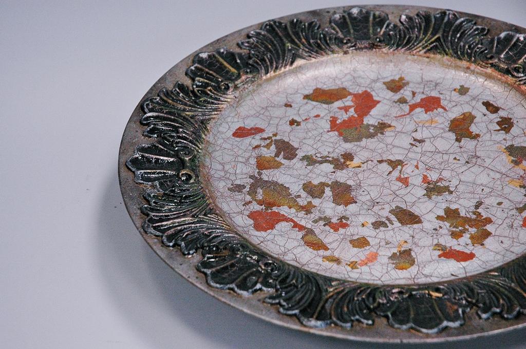 arthobbystudio lublin0040warsztaty patera talerz efekt antyczne srebro ornamenty dekoracja dekoracyjna zofia szewczyk
