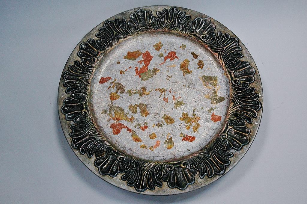 arthobbystudio lublin0044warsztaty patera talerz efekt antyczne srebro ornamenty dekoracja dekoracyjna zofia szewczyk