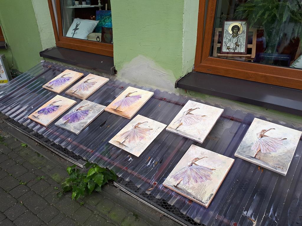 arthobbystudio lublin0012warsztaty obraz na plotnie baletnica malarstwo szpachelkowe cieniowania