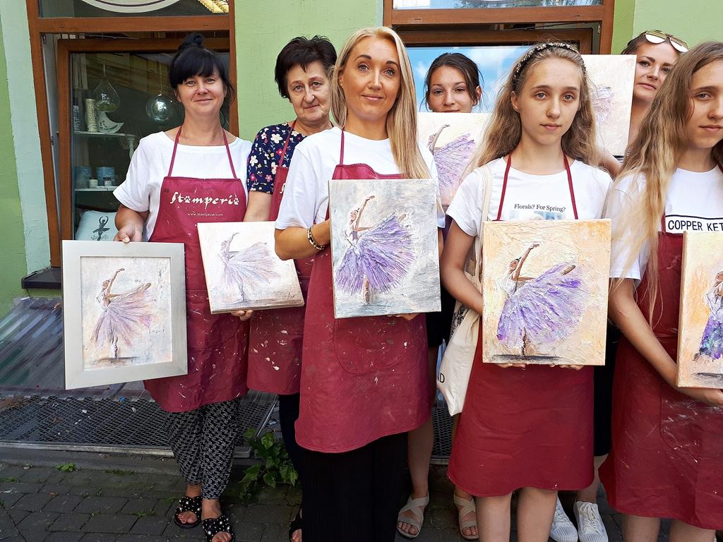 arthobbystudio lublin0018warsztaty obraz na plotnie baletnica malarstwo szpachelkowe cieniowania