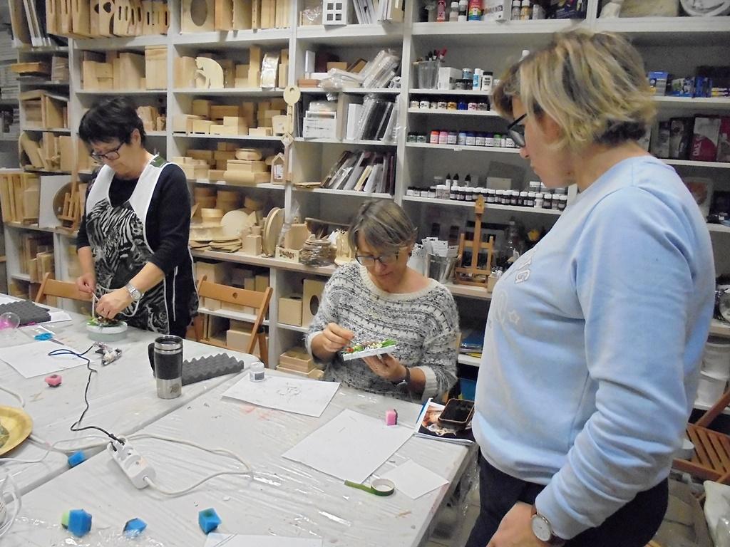 arthobbystudio warsztaty014 20191121foamiran kreatywna pianka kwiaty z foamiranu