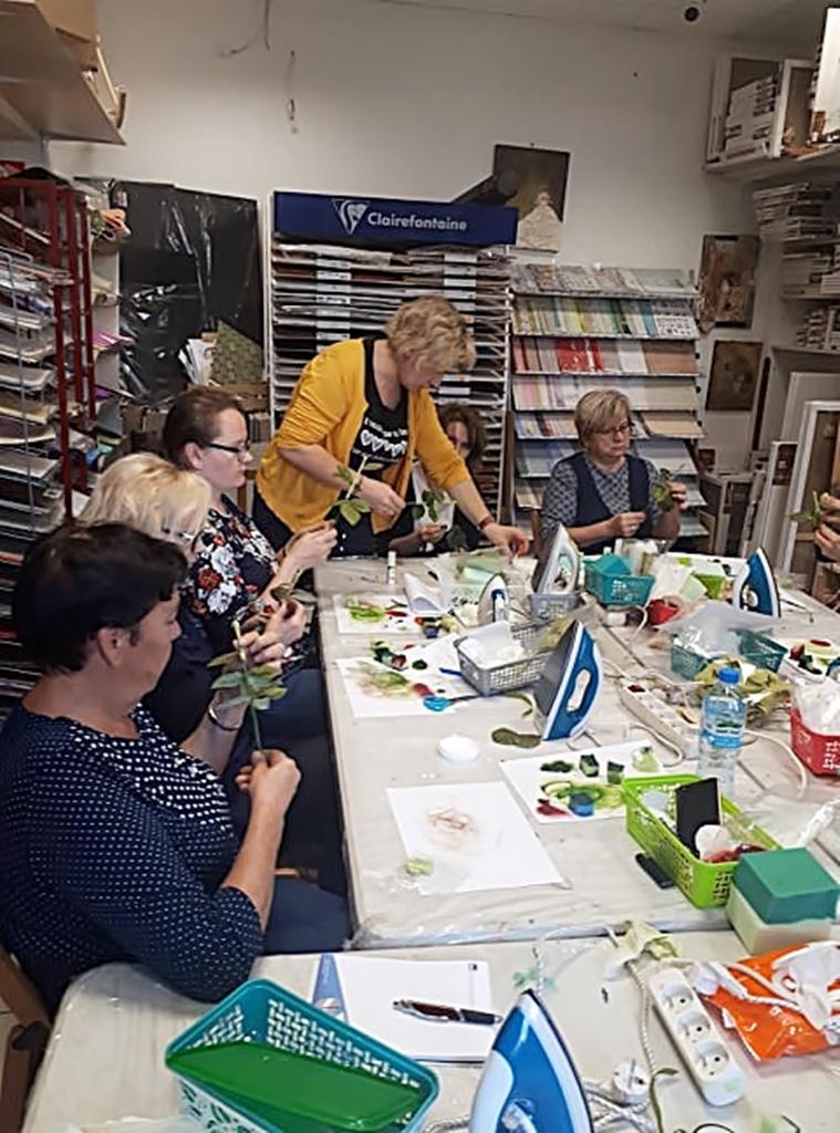 arthobbystudio warsztaty022 20191121foamiran kreatywna pianka kwiaty z foamiranu