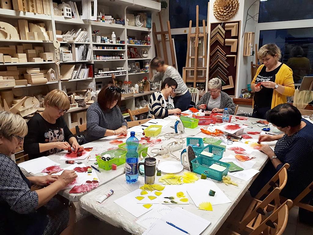 arthobbystudio warsztaty027 20191121foamiran kreatywna pianka kwiaty z foamiranu