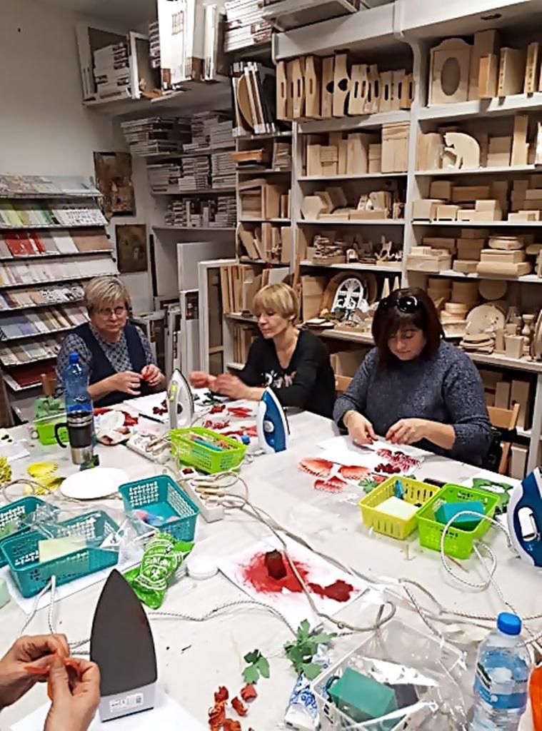 arthobbystudio warsztaty031 20191121foamiran kreatywna pianka kwiaty z foamiranu