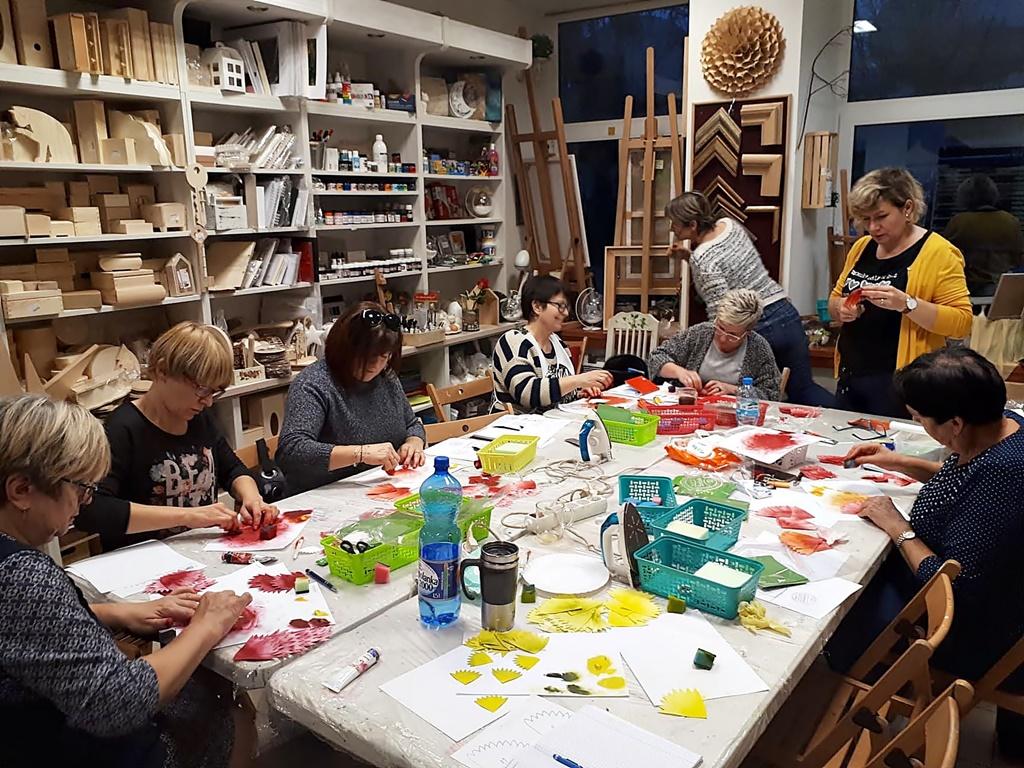 arthobbystudio warsztaty044 20191121foamiran kreatywna pianka kwiaty z foamiranu
