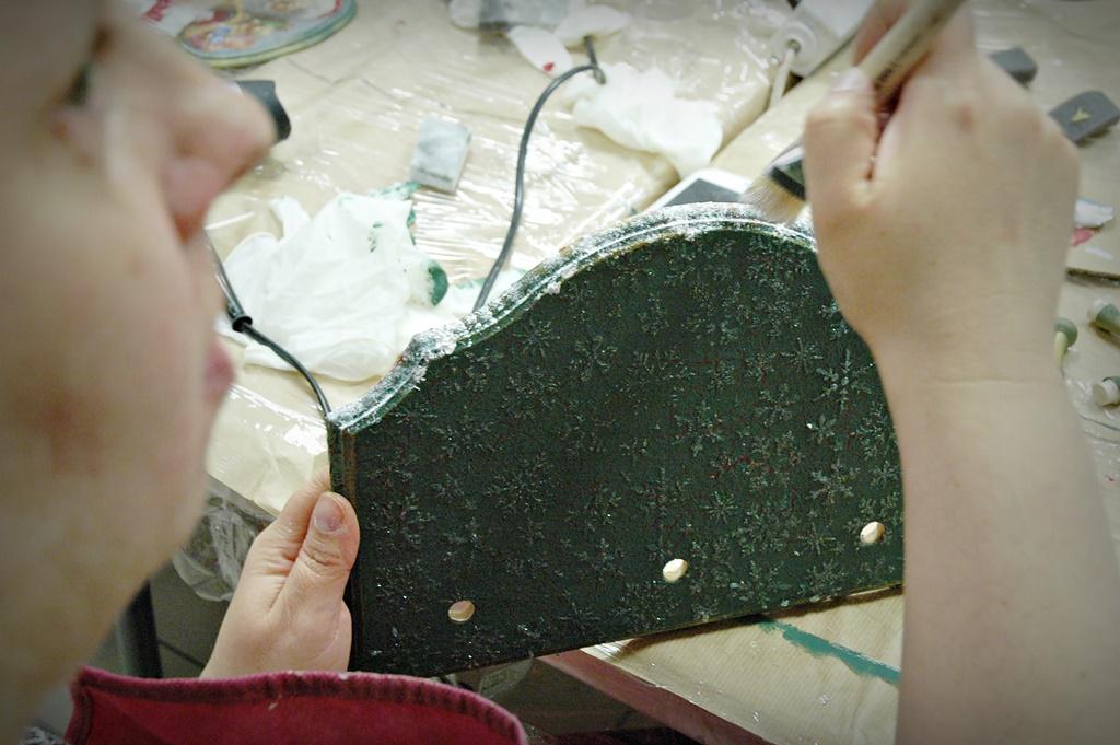 warsztaty004 20200114witrazowe wieszaczek na slodycze decoupage mixmedia mikolajki mikolaj skarpeta