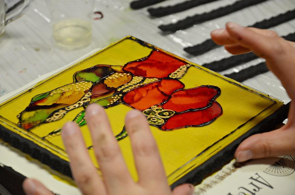 warsztaty005 20200110witrazowe wyzlocone tuszami malowane pudelko