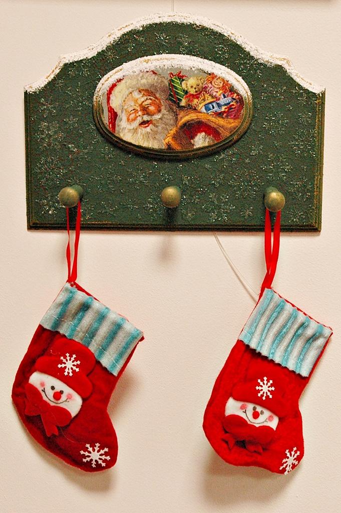 warsztaty021 20200114witrazowe wieszaczek na slodycze decoupage mixmedia mikolajki mikolaj skarpeta