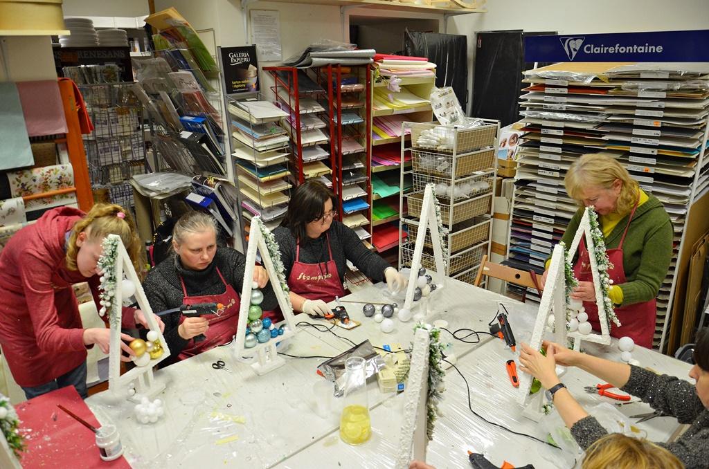 warsztaty010 20200127choinki stroik dekoracje swiateczne mixmedia